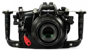 Nauticam NA-5DMKIII Housing with Canon 5D Mark III
