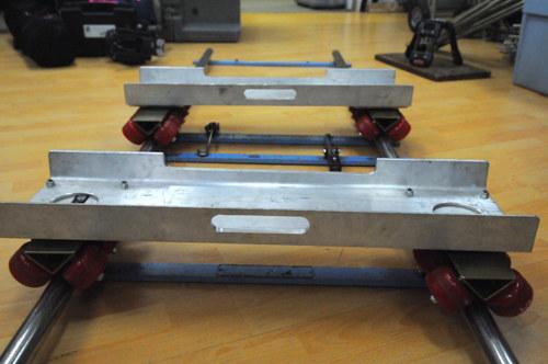 Dolly tubs w/skateboard wheels, pair