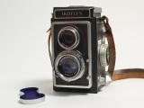 Ikoflex twin lens reflex camera prop #C230